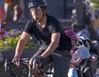 bike-dad-with-kids