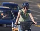 bike-mom-with-kids