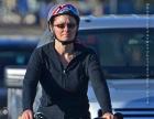 bike-woman-in-black